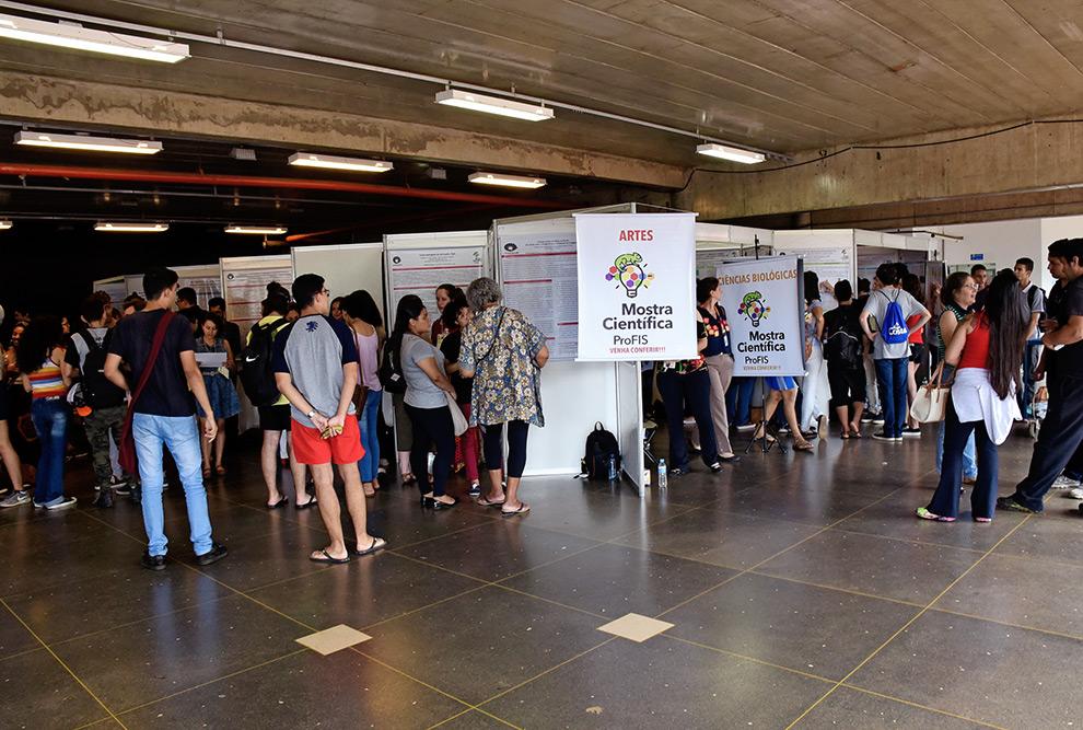 MOSTRA REÚNE PESQUISAS DE INICIAÇÃO CIENTÍFICA DE ESTUDANTES DO PROFIS